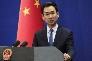 """China expulsa a tres periodistas estadounidenses por un artículo considerado """"racista"""" y """"malicioso"""""""