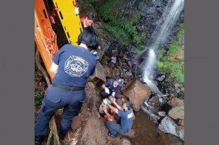 Un turista está grave tras caer al vacío en Cataratas de Iguazú