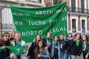 España, Francia y Venezuela se sumaron al Pañuelazo Federal por el aborto legal