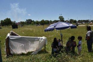 A pesar de la orden de desalojo 15 familias continúan asentadas