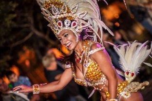 La región cierra febrero a puro color, ritmo y baile