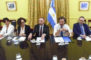 El gobierno reunió a sindicalistas y empresarios con el gabinete económico, tras declaración del FMI