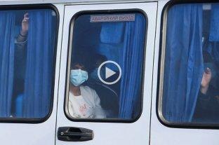Coronavirus: atacaron el micro de los argentinos evacuados a Ucrania