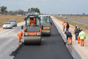 """El Gobierno dispuso crear """"unidades ejecutoras"""" para impulsar obras públicas en provincias y comunas -  -"""