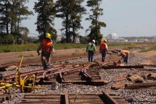 Por primera vez un tren del Belgrano Cargas ingresará a Timbúes -  -