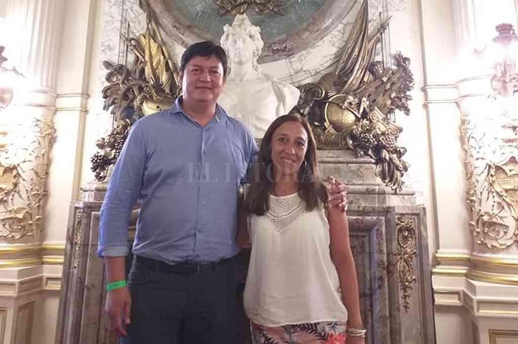 Javier Barbona y Eliana Tedini, de Sumemos Esfuerzos. Crédito: El Litoral