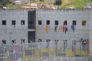 Encuentran seis presos ahorcados en una cárcel del sur de Ecuador