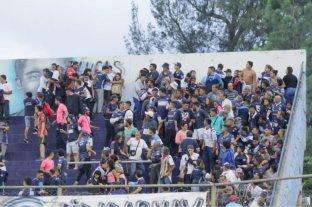 Sancionaron a Independiente Rivadavia con la quita de un punto por los incidentes en el partido contra Atlanta