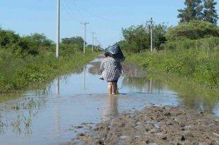 """Inundaciones en la costa santafesina: """"hace 35 años que tenemos el mismo problema"""" -  -"""