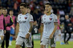 Sin rumbo, Colón fue goleado en Rosario