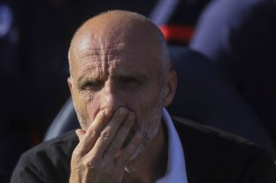 San Lorenzo desvinculó a Monarriz y apunta a Pellegrino como sucesor