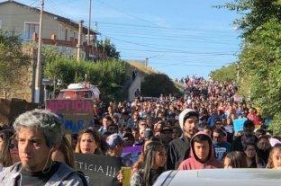Cientos de personas reclaman el esclarecimiento del crimen de Puerto Deseado y cuestionan al juez
