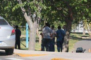Encuentran asesinada y semidesnuda a una joven en el Acceso Este de Mendoza -