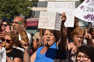 Vecinos de Loyola insisten en su lucha por un agua potable y segura -  -