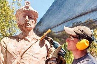 El escultor Tomás Franzoi se lució en la Fiesta de Nancagua -  -
