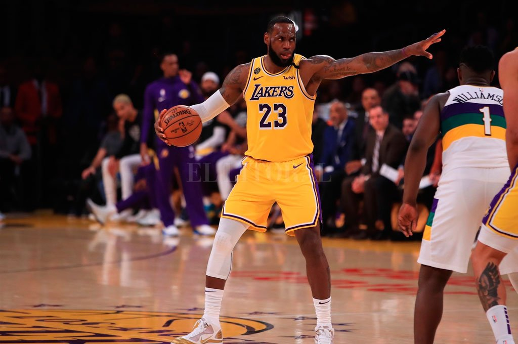 Crédito: @Lakers