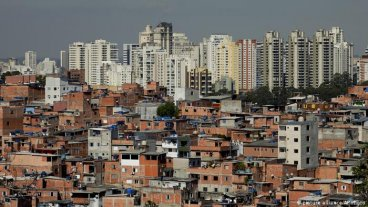 El brasileño con coronavirus realizó una fiesta para 30 personas antes de ser internado