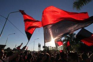 Banderazo y asamblea: Las 10 propuestas de los socios de Colón que se reunieron este miércoles