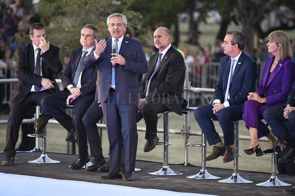 """Alberto Fernández: """"Estoy aquí para solucionar los problemas que el crimen organizado ha creado en Santa Fe"""" -  -"""