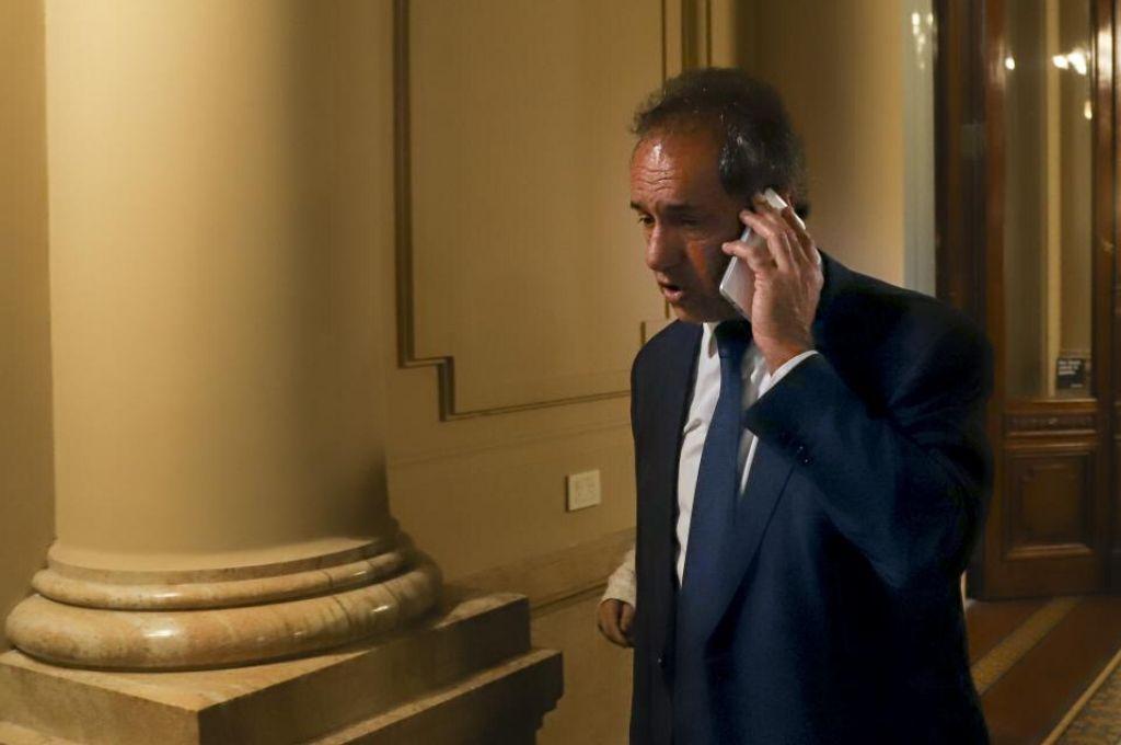 Daniel Scioli, en medio de su polémica participación en la sesión de la Cámara de Diputados del jueves.     Crédito: Gentileza