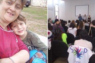 Su hijo padece Poland y reunió a otros pacientes para saber cómo evoluciona la enfermedad