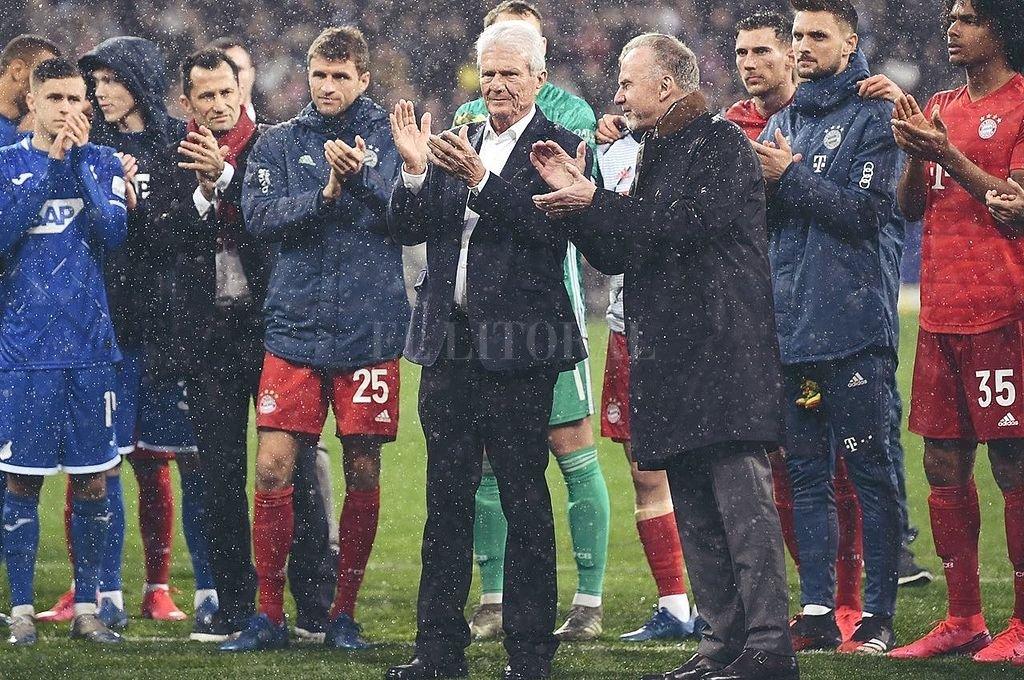 Bayern Múnich goleó en medio de un escándalo