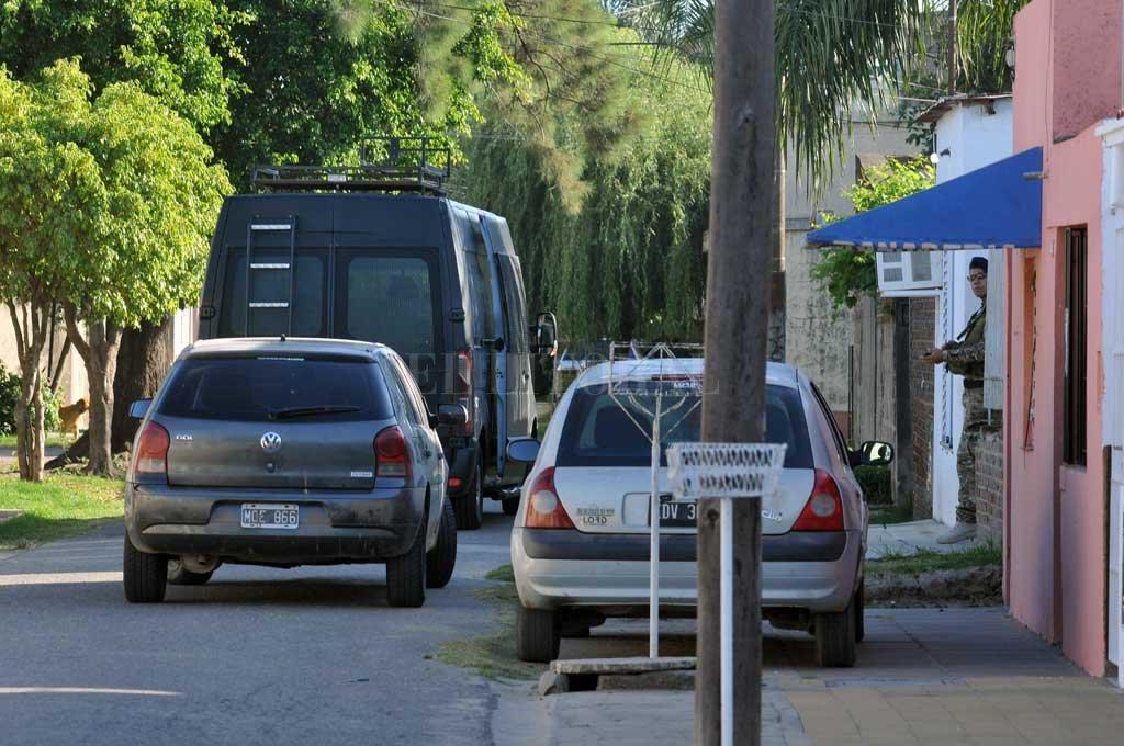 El sábado pasado la Brigada Antinarcóticos provincial allanó 12 domicilios en Santa Fe, Laguna Paiva y Lanús Oeste. Crédito: Eduardo Seval