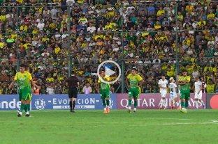 A Defensa y Justicia no le alcanzó en su primer partido y cayó ante el Santos