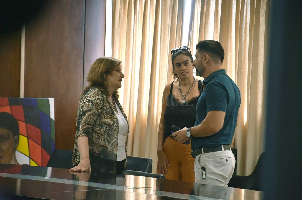 """La reunión con la ministra Cantero llevó tranquilidad a los padres ante el anuncio de la conformación de un """"gabinete permanente"""". Crédito: Guillermo Di Salvatore"""