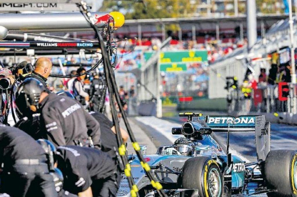 Imágenes que posiblemente no puedan repetirse momentáneamente en Melbourne, ya que la carrera puede llegar a suspenderse.    Crédito: Archivo El Litoral