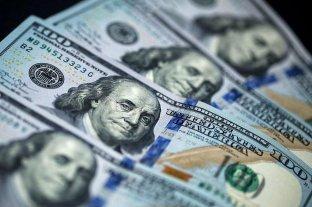 En la semana el dólar subió 53 centavos y cerró a $ 66,44