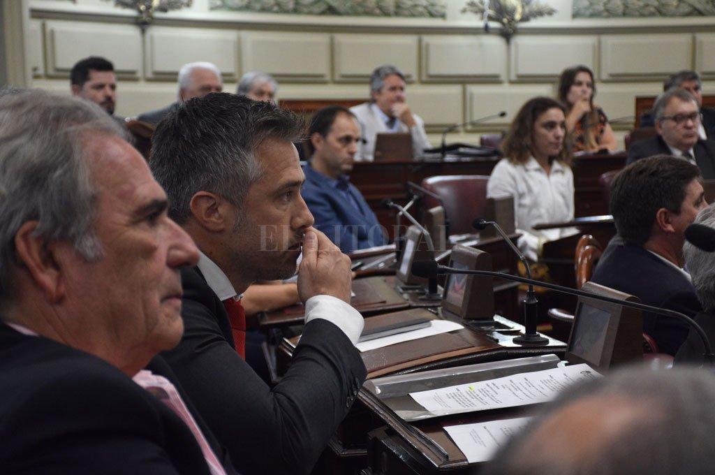 Ricardo Olivera y Leandro Busatto encabezan las negociaciones desde el peronismo. Crédito: Archivo El Litoral