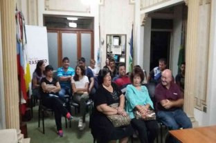 Entrega de aportes para instituciones de Cañada de Gómez