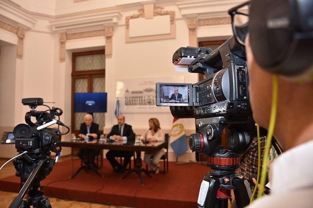 El gobernador apoyó los paliativos económicos dispuestos por la Nación, pero no reveló qué se hará en la provincia. Crédito: Flavio Raina