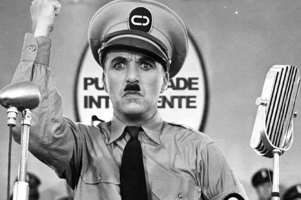 """Charles Chaplin en """"El Gran Dictador"""". Crédito: Captura de Internet"""
