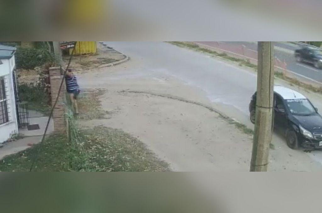 Las imágenes de video fueron clave para localizar el auto y luego ordenar la detención del sospechoso. Crédito: Captura de video