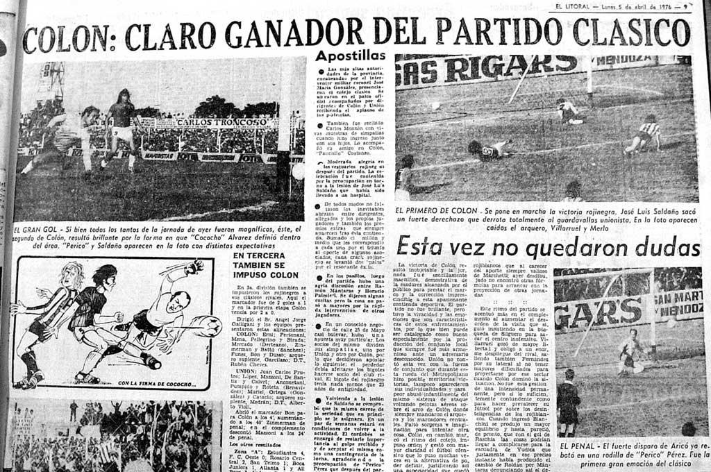 """La cobertura de El Litoral en el clásico de abril de 1976. En la foto que está arriba a la derecha, el gol de Saldaño en el arco de la Jota Jota Paso. En la foto de la izquierda, aparece """"Poroto"""" como espectador de lujo en el famoso gol de """"Cococho"""", haciéndole el """"sombrerito"""" a Regenhardt. Crédito: Archivo El Litoral"""