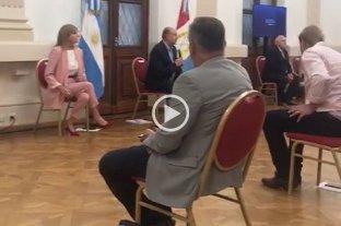 El gobernador está reunido con legisladores en Casa de Gobierno