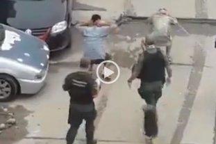 Denunciaron a gendarmes por cometer abusos contra jóvenes que incumplían la cuarentena
