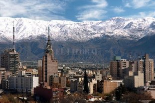 Mendoza: quienes incumplan la cuarentenera deberán trabajar gratis para el Estado