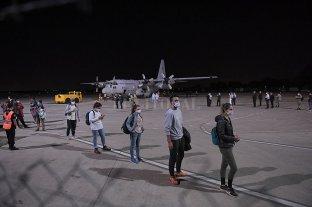 """Tras el cierre de fronteras, el Gobierno planifica el regreso """"gradual"""" y """"seguro"""" de argentinos -  -"""