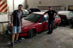 Buenos Aires: encontraron autos 0km de hace 30 años en un galpón abandonado