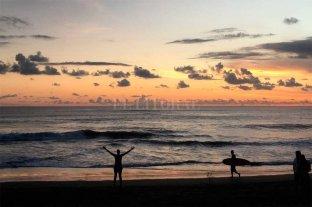 Un centenar de argentinos varados en la isla paradisíaca de Bali
