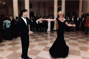 Congelaron el vestido con el que Lady Di bailó con John Travolta