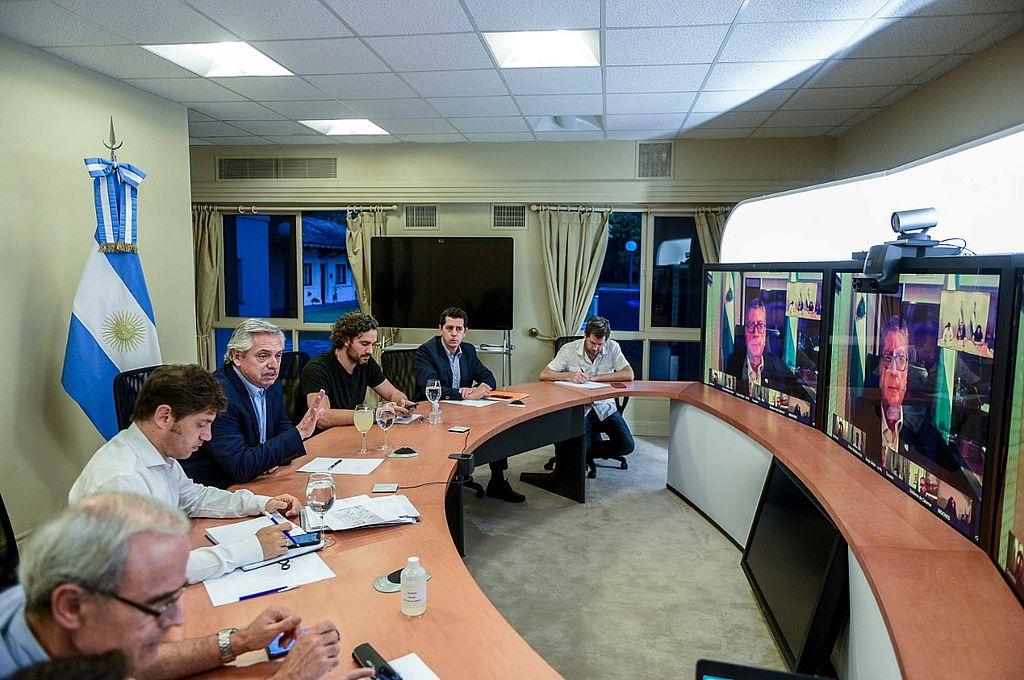 El presidente se reunió por teleconferencia con los gobernadores y define la extensión de la cuarentena -  -