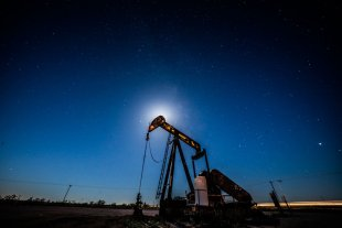 El petróleo de EEUU baja de 20 dólares por primera vez en 18 años