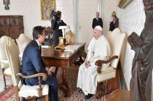 Francisco recibió al premier italiano para analizar la crisis por el coronavirus