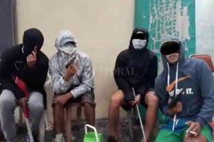 Vecinos de Sunchales con temor por una guerra de mafiosos - La imagen de uno de los videos donde los rufianes lanzan amenazas contra su banda rival. -