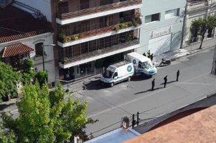 Asesinan a una mujer en el centro salteño y detienen a su nieto, un amigo y a una trans