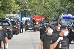 Dos presos muertos tras una pelea en la cárcel de Las Flores - Ingreso al penal de Las Flores. -